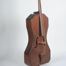 Violoncelle de campagne Neyen et Plicque - E.969.3.1 |