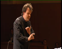Présentation : musique classique, symphonie, accompagnée d'extraits de la Symphonie n°40 K.550 (1er mouvement, menuet) | François-Xavier Roth
